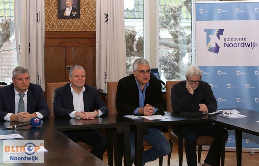 NZLokaal, VVD, CDA en Lijst Salman presenteren coalitieakkoord.