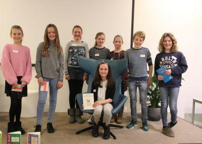Winnares Mijntje Langeveld van de voorleeswedstrijd. (foto's)