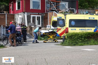 Vrouw gewond bij val van hoogte aan de Duinweg.