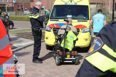 Man uit water gered door voorbijgangers in Noordwijk.