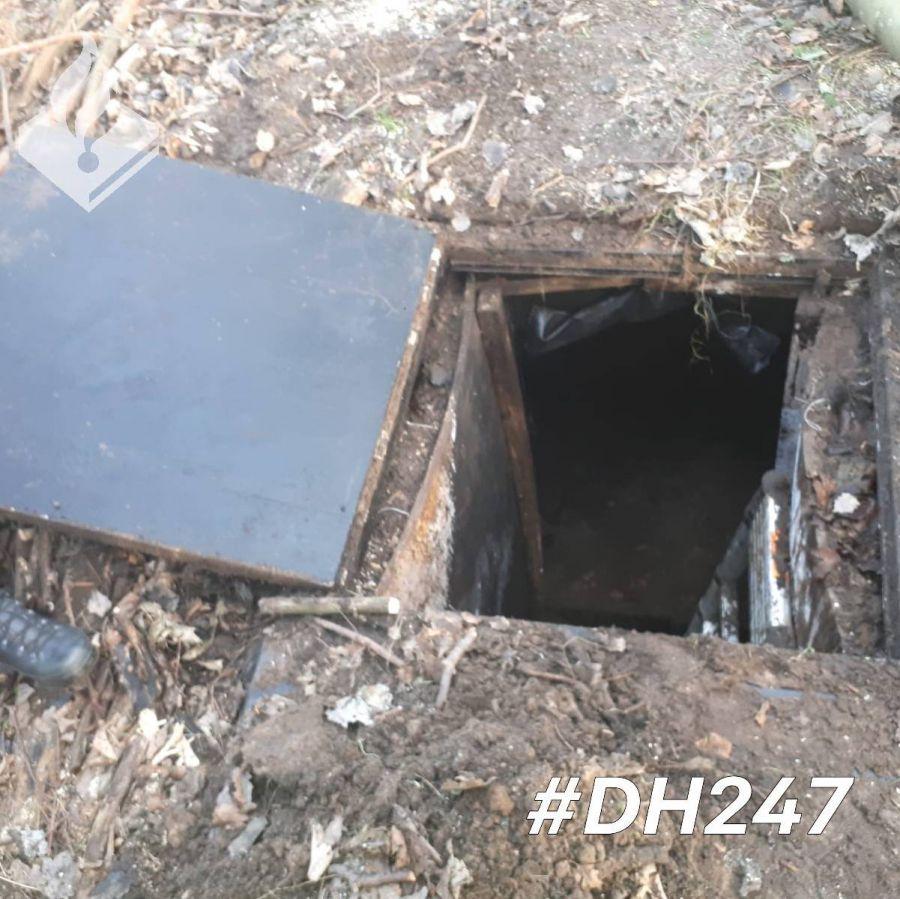 Boswachter ontdekt 'geheime ondergrondse ruimte' in bosperceel Duinschooten. (Update: mysterie opgelost)