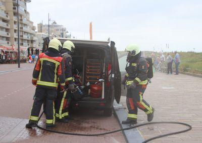 Voertuigbrand op de Koningin Wilhelmina Boulevard
